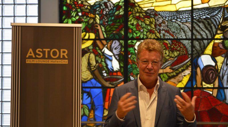 Mega-Kino Erfinder Hans-Joachim Flebbe setzt heute auf kleine Luxus-Filmtheater