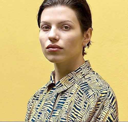 Lässiger Electrosound mit viel Sehnsuchtsstimme: Soap&Skin alias Anja Plaschg. ©Pola Maria