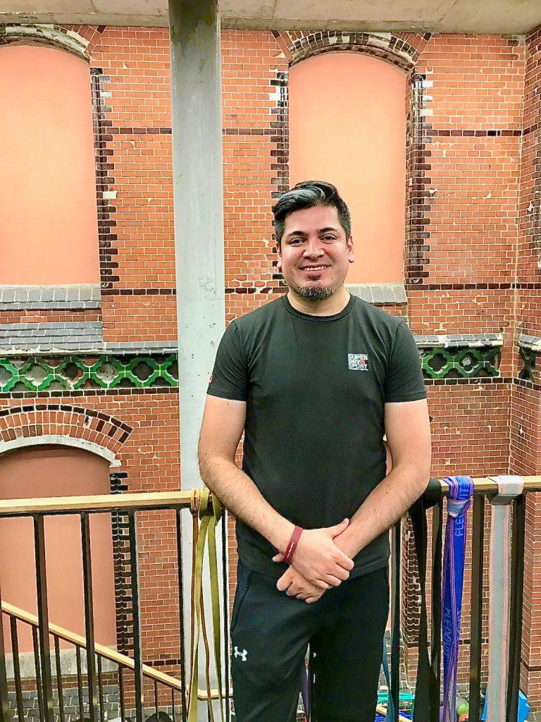 Leonardo Paredes hat sich von dem Trainerteam zum regelmäßigen Sport motivieren lassen und kann sich heute ein Leben ohne Training gar nicht mehr vorstellen. ©Privat