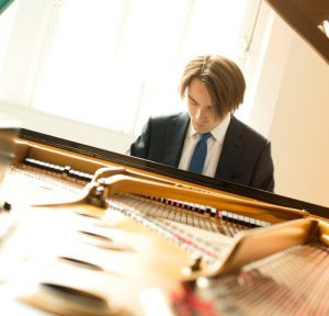 London Philharmonic Orchestra / Daniil Trifonov / Vladimir Jurowski @ Elbphilharmonie Großer Saal