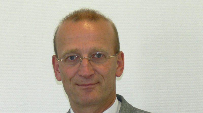 Gunther Bonz ist 1956 in Hamburg geboren. Der Verwaltungsjurist war von 2004 bis 2008 Hamburger Staatsrat in der Wirtschaftsbehörde. Seit 2011 ist er Präsident des Unternehmensverbandes Hafen Hamburg.(Foto: Bonz)