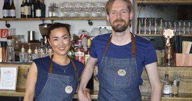 Meike von Bartenwerffer und Mario Kretschmer haben sich im Baakenhafen ein Nest gebaut