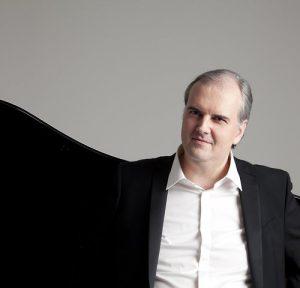 Nicholas Angelich / Festival Strings Lucerne @ Elbphilharmonie Großer Saal