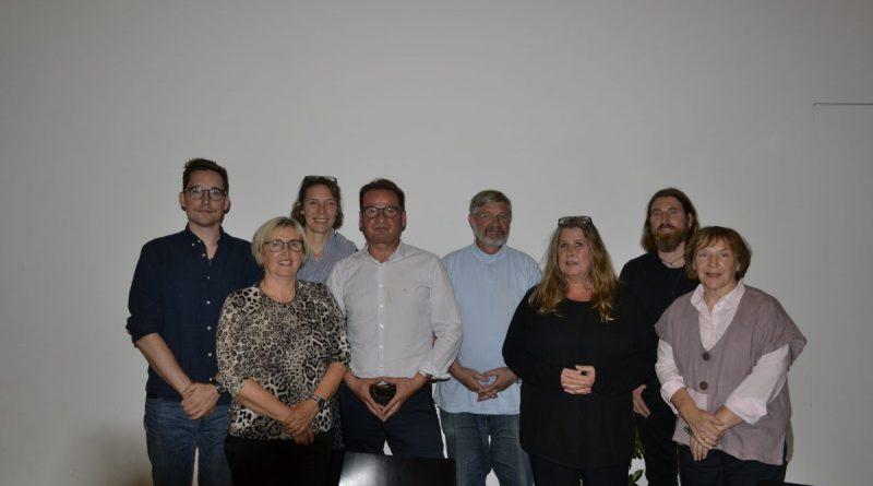 Der Vorstand nach den Wahlen: C. Grundmann, C. Simon-Noll, S. Munzinger, F. Mehlin, B. Michaelsen, S. Werner, M. Borscheid und P. Stremel v.l. – nicht im Bild Nagis Sadat- (Foto:CF)