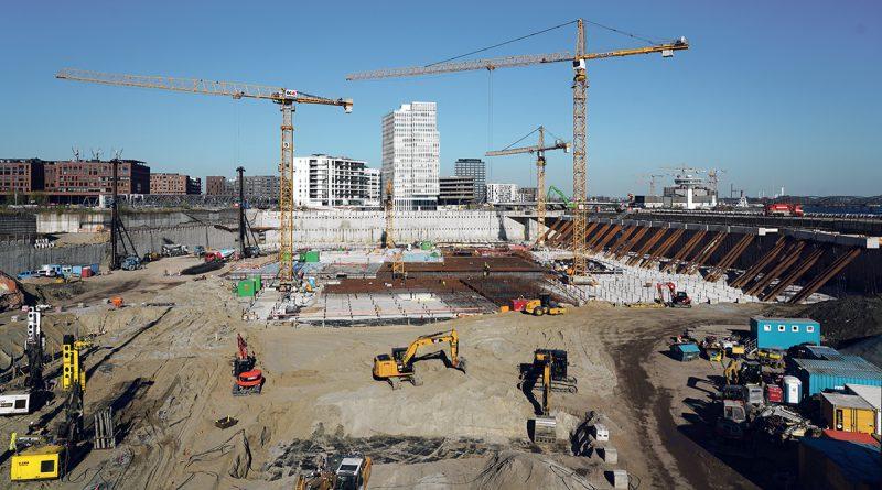 Südliches Überseequartier mit Blick auf das Watermark-Hochhaus: die größte Baustelle Europas. ©Thomas Hampel