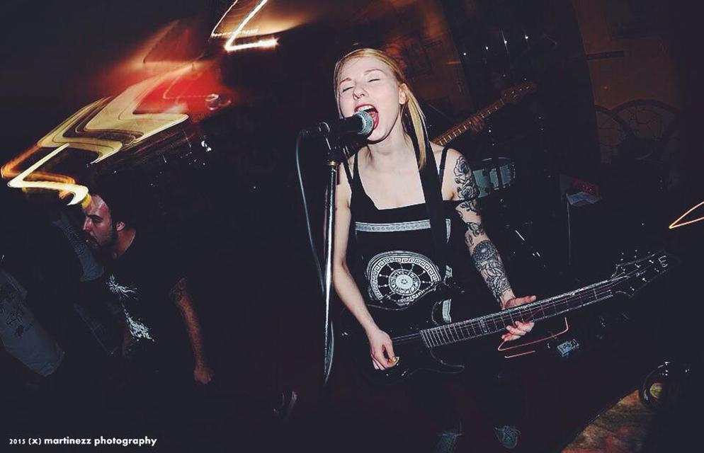 Gitarristin Jessi, Punk-Fan von Beginn an. @ Privat
