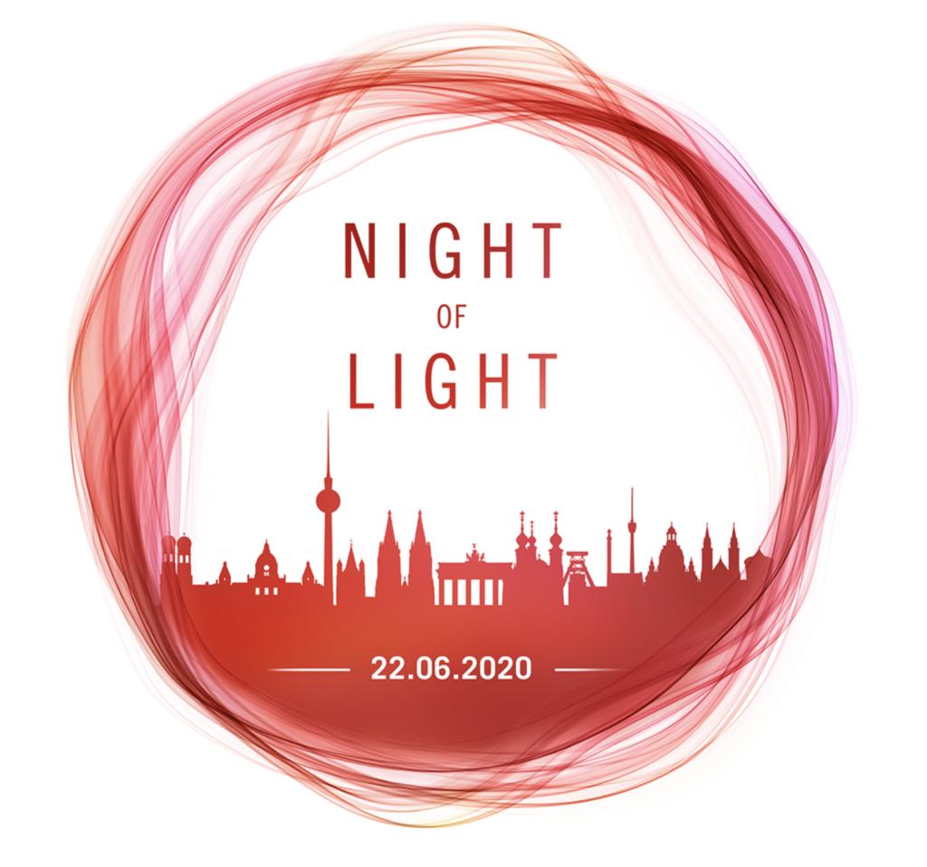 """Am 22. Juni findet deutschlandweit die """"Night of Light"""" statt. In mehr als 250 Städten werden Konzerthallen, Spielstätten oder öffentliche Gebäude mit rotem Licht illuminiert. In Hamburg leuchtet zum Beispiel die Reeperbahn, die Elbphilharmonie, die Cap San Diego, das Theaterschiff oder das Internationale Maritime Museum Hamburg (IMMH) ganz in Rot. © Night of Light"""