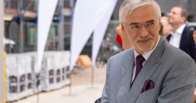 """Prof. Jürgen Bruns-Berentelg über die Sozialstruktur: """"Wir haben nicht das Problem, dass wir die HafenCity anders planen müssen, sondern die HafenCity und die Menschen müssen organisch zueinander finden."""" ©Thomas Hampel"""