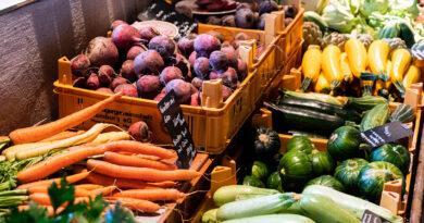 Die Hobenköök-Macher haben das Angebot hochwertiger Lebensmittel mit dem Restaurant und der angeschlossenen Markthalle im Konzept verankert. Im Restaurant stehen grundsätzlich je eine vegane und vegetarische Vorspeise und Hauptgericht auf der Speisekarte. ©Hobenköök