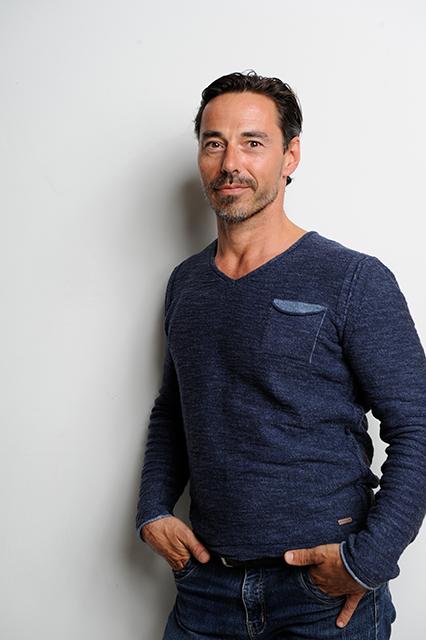 """Markus Megyeri ist Herausgeber des""""Welt Vegan Magazins"""". Er ist Mitbetreiber der Restaurantkette """"TA Vegan House"""" und vertreibt pflanzliches Proteinpulver. ©Privat"""