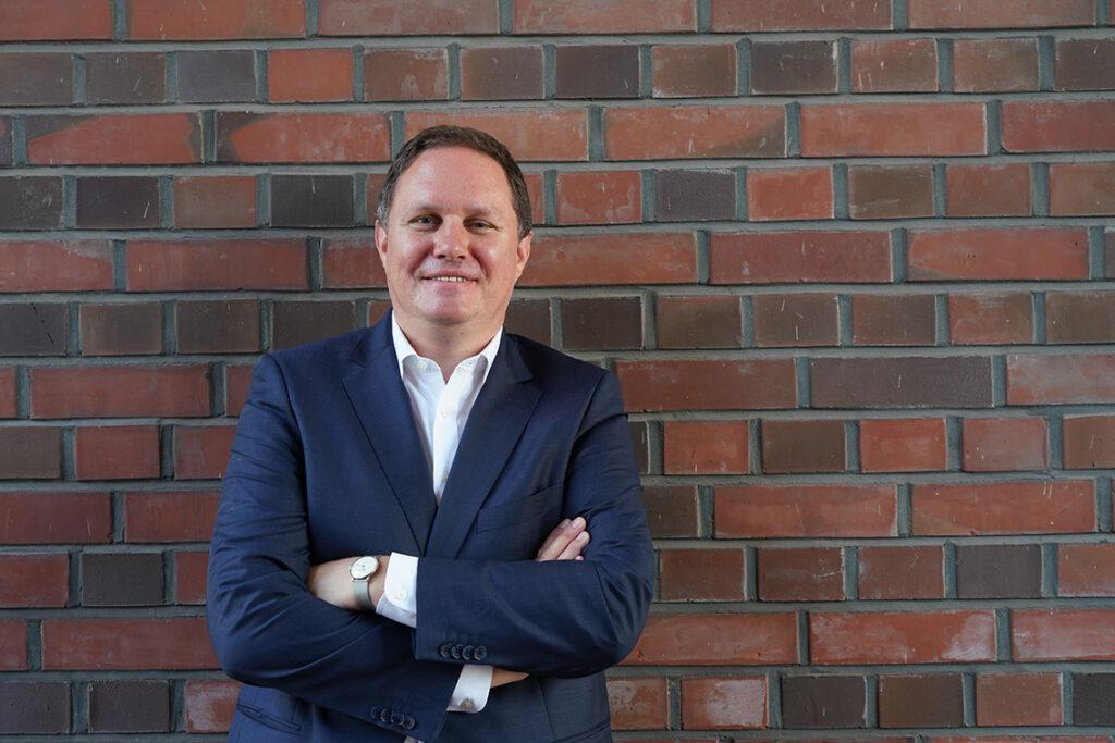 """Motivator und Fördergeld-Einsammler  Senator Carsten Brosda: """"Wir müssen eine ganze Menge erklären und mit dafür sorgen, dass die Perspektive und das Durchhaltevermögen für die dableiben, die durch  den Lockdown hart getroffen sind."""" © Tomas Hampel"""