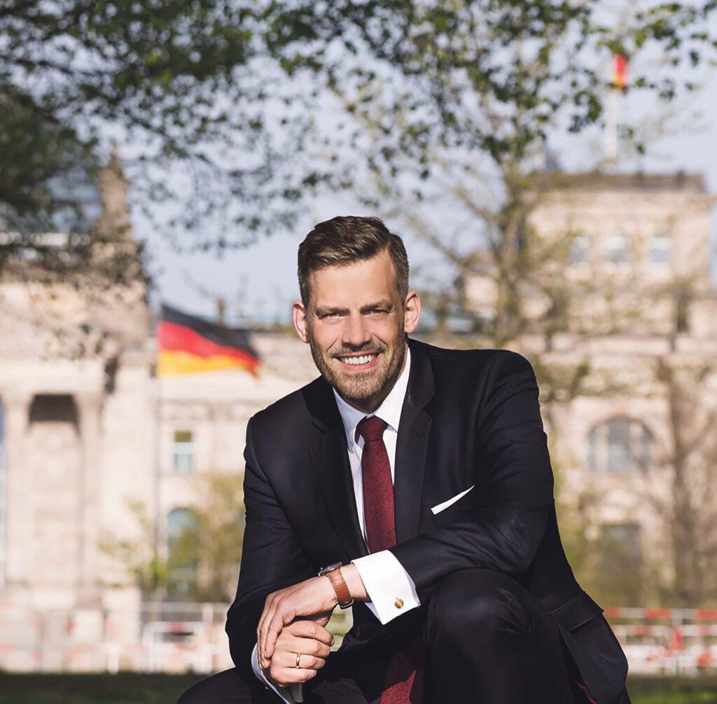 """Bezirkschef Falko Droßmann /SPD) möchte in Berlin Spuren hinterlassen: """"Ich kann hier arbeiten so viel ich will, von Hamburg-Mitte aus kann ich nichts an den Grundsätzen verändern."""" @ Privat"""