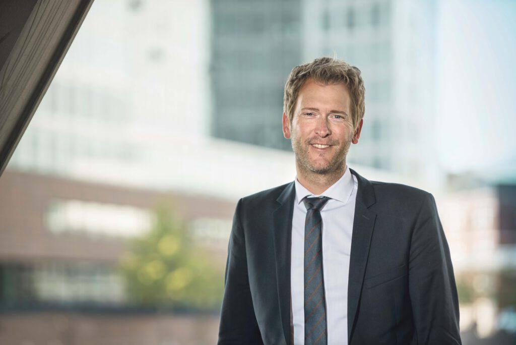 """Henning Vöpel, Noch-Direktor des Hamburgischen Weltwirtschaftsinstituts (HWWI): """"Cosco wäre bei einer Beteiligung daran interessiert, den Wert seiner Beteiligung zu erhöhen. Das gelingt dadurch, dass die Auslastung des Terminals steigt."""" © Foto: HWWI"""
