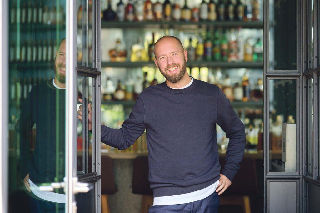 """Max Hornung: """"Ich möchte selber die Gastro-Szene in vollen Zügen genießen."""" © Catrin-Anja Eichinger"""