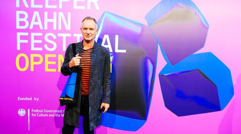 """Sting eröffnete mit seiner neuen Single """"Rushing Water"""" seines 14. Albums """"The Bridge"""", das am 18. November erscheinen soll. © Niklas Heinecke"""