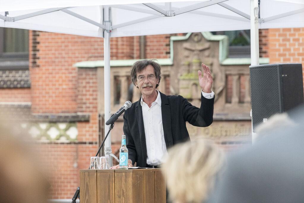 Prof. Jörn Walter ist deutscher Stadtplaner und war von 1999 bis 2017 Oberbaudirektor von Hamburg. © Julia Knop | Überseequartier Nord