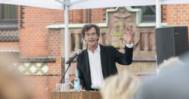 *Prof. Jörn Walter ist deutscher Stadtplaner und war von 1999 bis 2017 Oberbaudirektor von Hamburg. © Julia Knop | Überseequartier Nord
